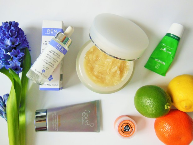 FreshBeautyFix-Beauty-Products-for-Skin-Wellbeing-Flatlay