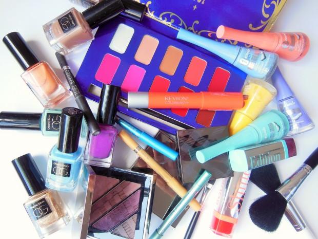 FreshBeautyFix-makeup-medley-flatlay