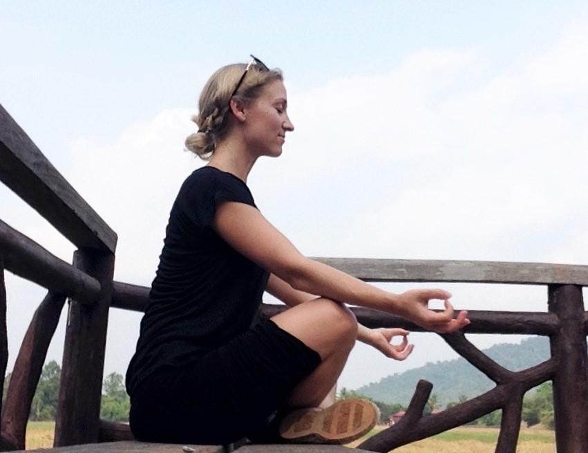 Nina-Sadlowsky-beauty-insider-Yoga FreshBeautyFix