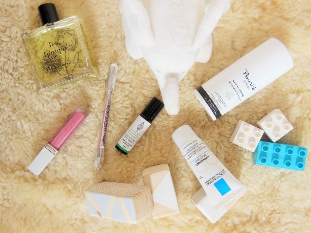 Beauty products for a 5 minute morning routine