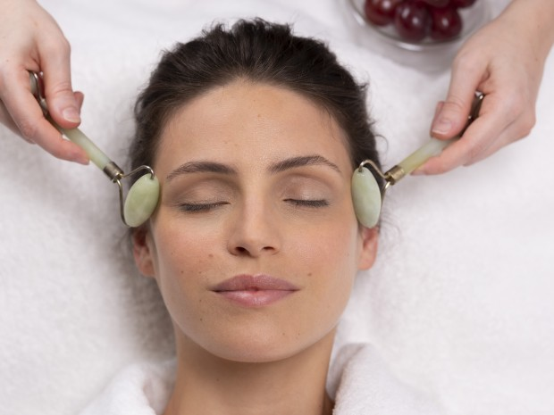 Facial with jade rollers