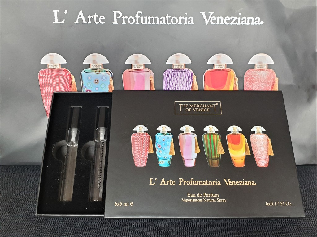 Perfume discovery set