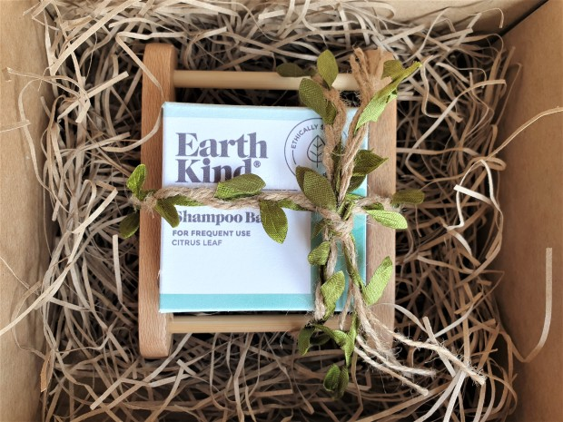 Earth Kind shampoo bar
