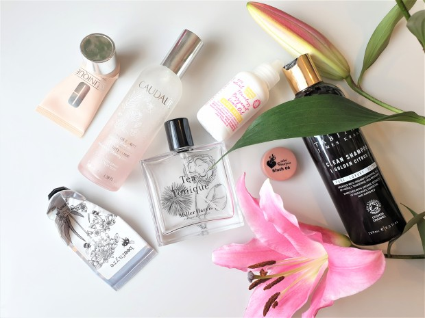 beauty empties with pink lily
