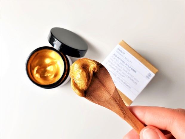 Evolve Beauty Bio Retinol Gold Mask